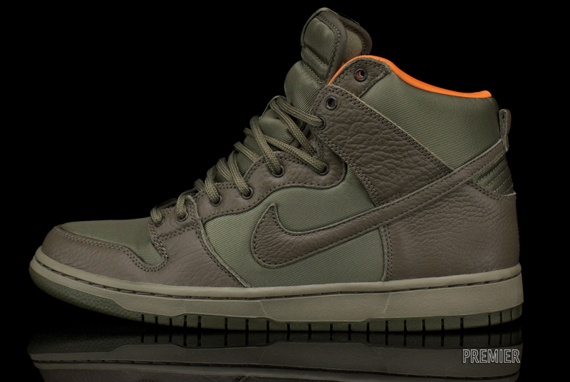 Nike SB x Frank Kozik Dunk High Premium