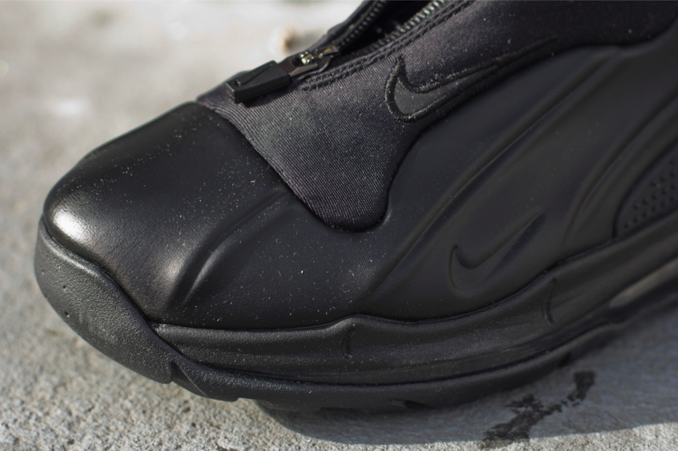 cbe5a5d33bef49 The Black Black Nike I-95 Posite Max is now available via select Nike  Sportswear accounts such as Oneness.