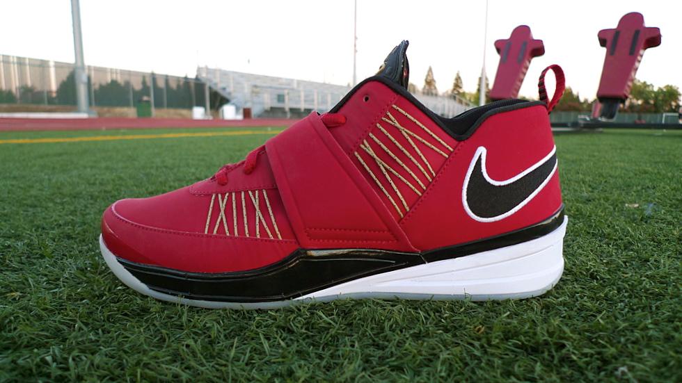 a8996abdf1a16 Nike Zoom Revis