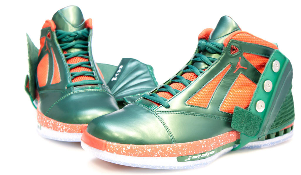 Air Jordan 16 Ray Allen Christmas PE (4)