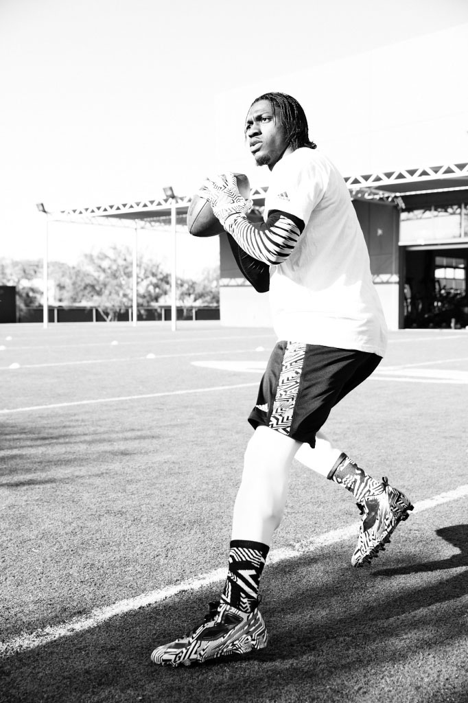 RG3's Signature adidas Cleat in Carmouflage (2)