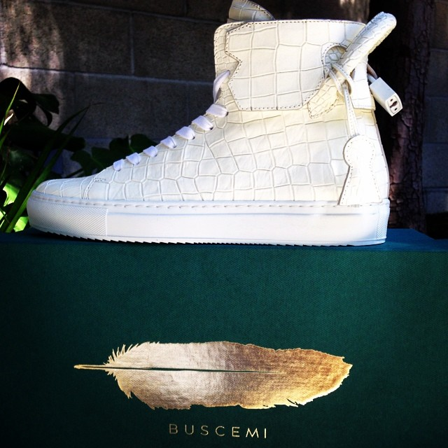Michael K. Williams Picks Up En Noir x Buscemi 125mm Embossed Croc