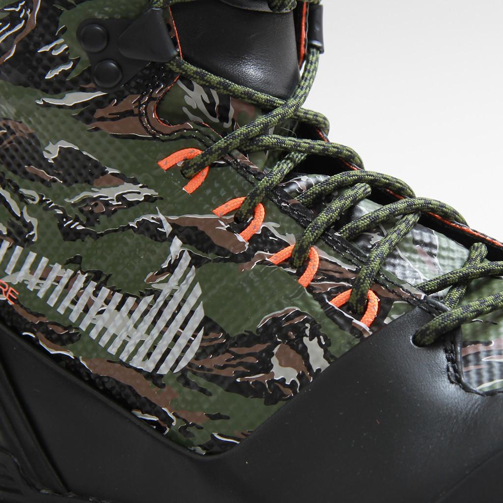 low priced 849d7 b8a05 Nike LunarTerra Arktos Tiger camo details
