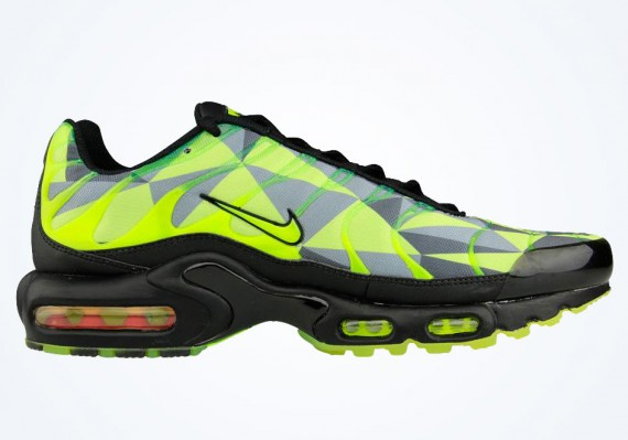 Nike Air Max Plus VoltBlack Neon Green | Sole Collector