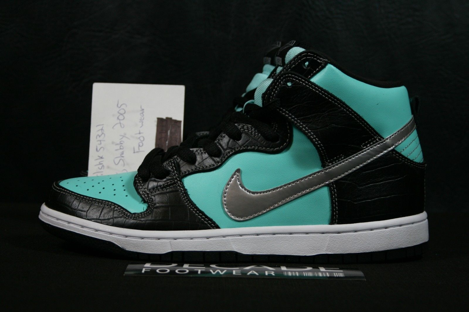 Diamond Supply Co. x Nike SB Dunk High 'Diamond' // New Images