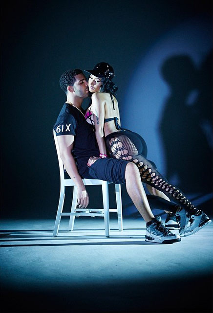Drake wearing Air Jordan III 3 Unreleased in the Anaconda Video (3)