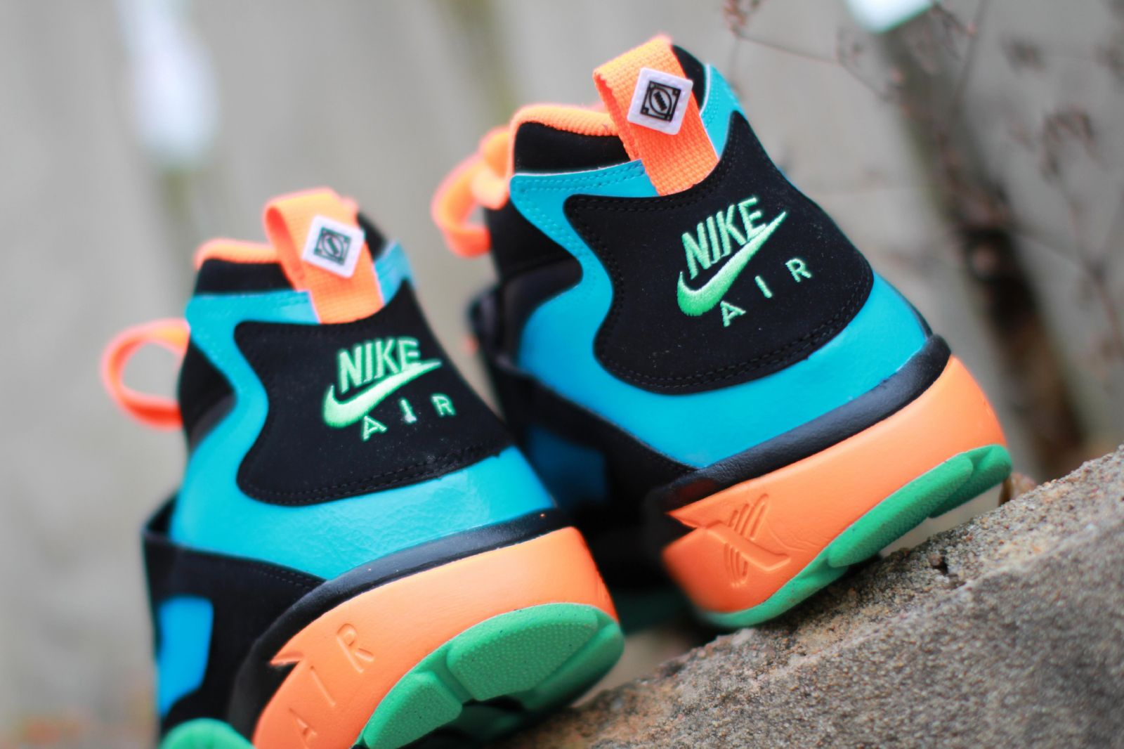 huge discount 84a87 5d5d6 Nike Air Diamond Turf - Black   Green Glow   Gamma Blue