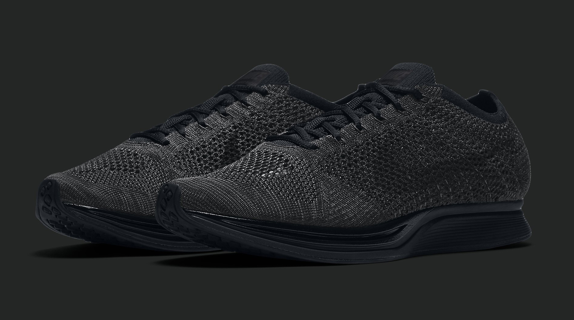 Nike Flyknit Triple Black