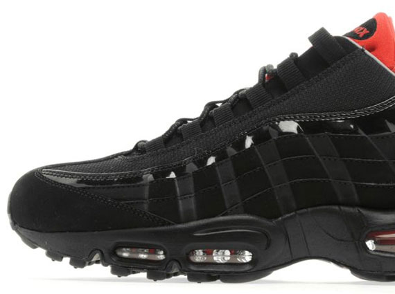5b5fb4616e This latest look for the Air Max '95 is now available exclusively at JD  Sports.