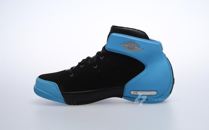innovative design 422d1 3519e Jordan Melo 1.5 Retro - Black Carolina Blue