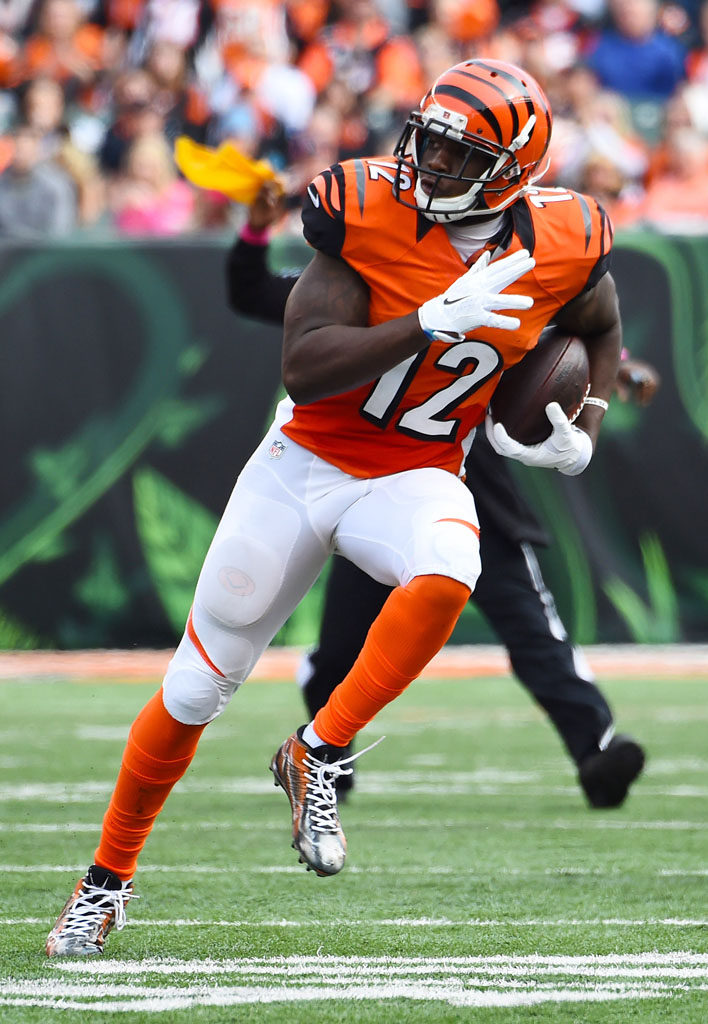 Mohamed Sanu wearing Nike Alpha Pro Mid by Dez Customs (2)