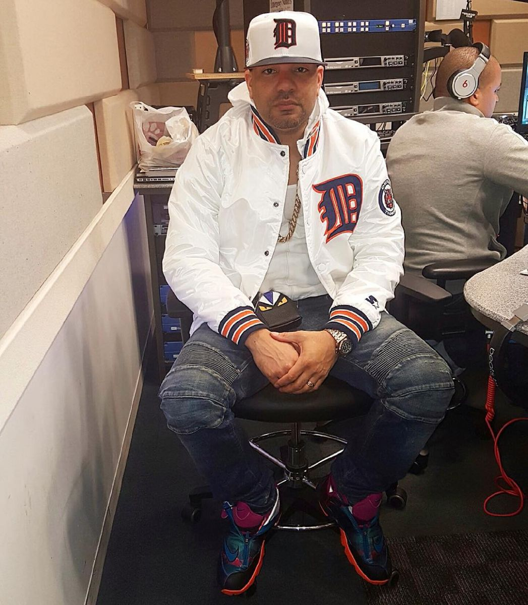 42e6a82ecba9 DJ Envy wearing the  Tech Challenge  Nike Air Zoom Flight the Glove
