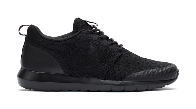 Up Close with the Nike Flyknit Roshe Run | Sole Collector