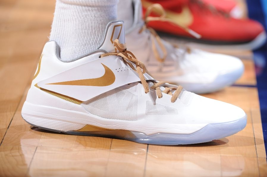 Kevin Durant wearing Nike Zoom KD IV White Gold Finals PE