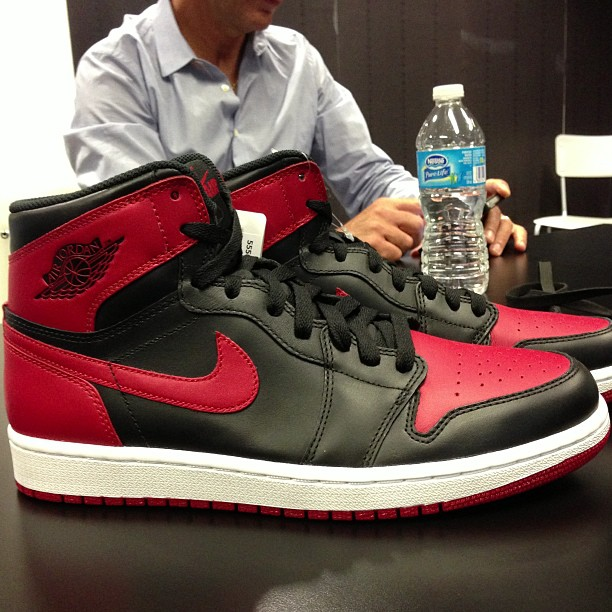 reputable site 3e38a 569c1 Release Date // Air Jordan 1 Retro Hi OG - Black/Red | Sole ...