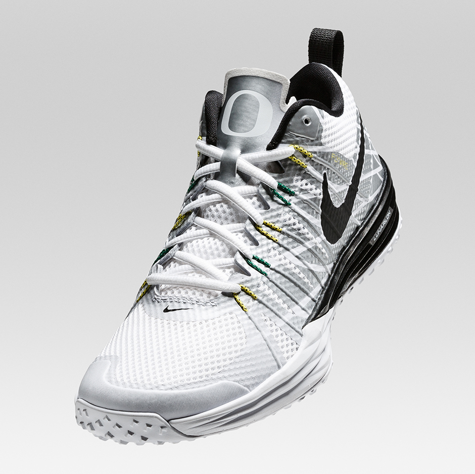 new arrival a4db3 13f5a No surprise to see that there s another Nike Lunar TR1 for the University  of Oregon.