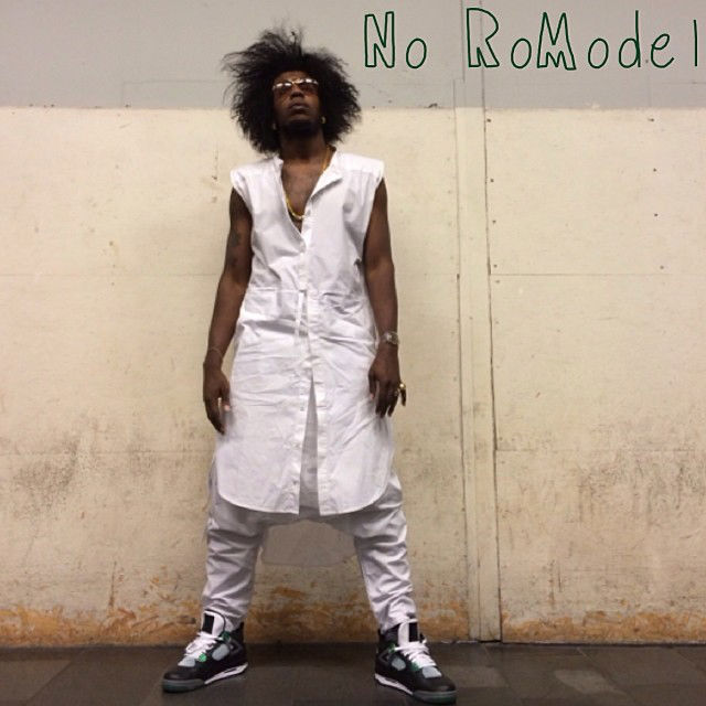 Trinidad James wearing Air Jordan IV 4 Retro Oregon