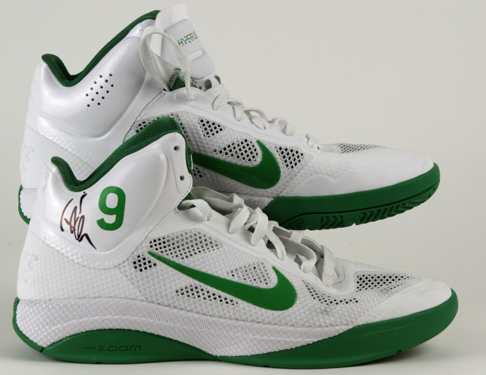 c972f9ee5a8 Nike Zoom Hyperfuse - Rajon Rondo Home Player Exclusive