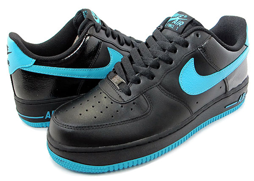 This latest make up of the Air Force 1 Low is now available at select Nike  Sportswear retailers. 1b9b6e35c4