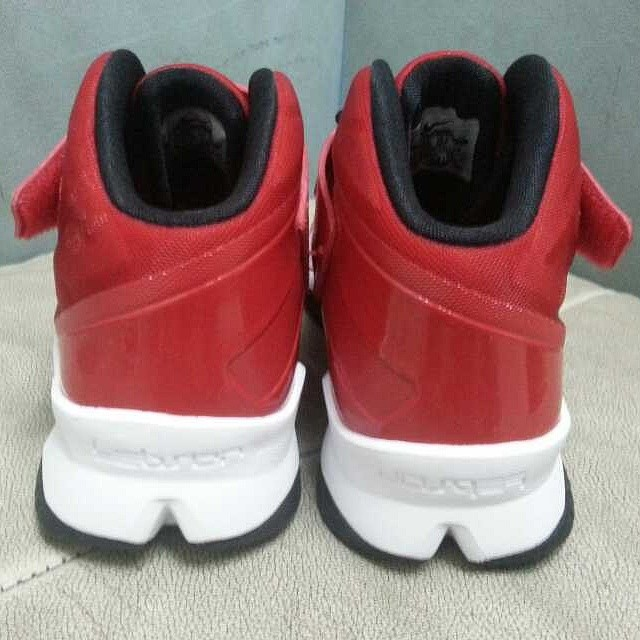 Nike LeBron Zoom Soldier 8 Red/Black-White (3)