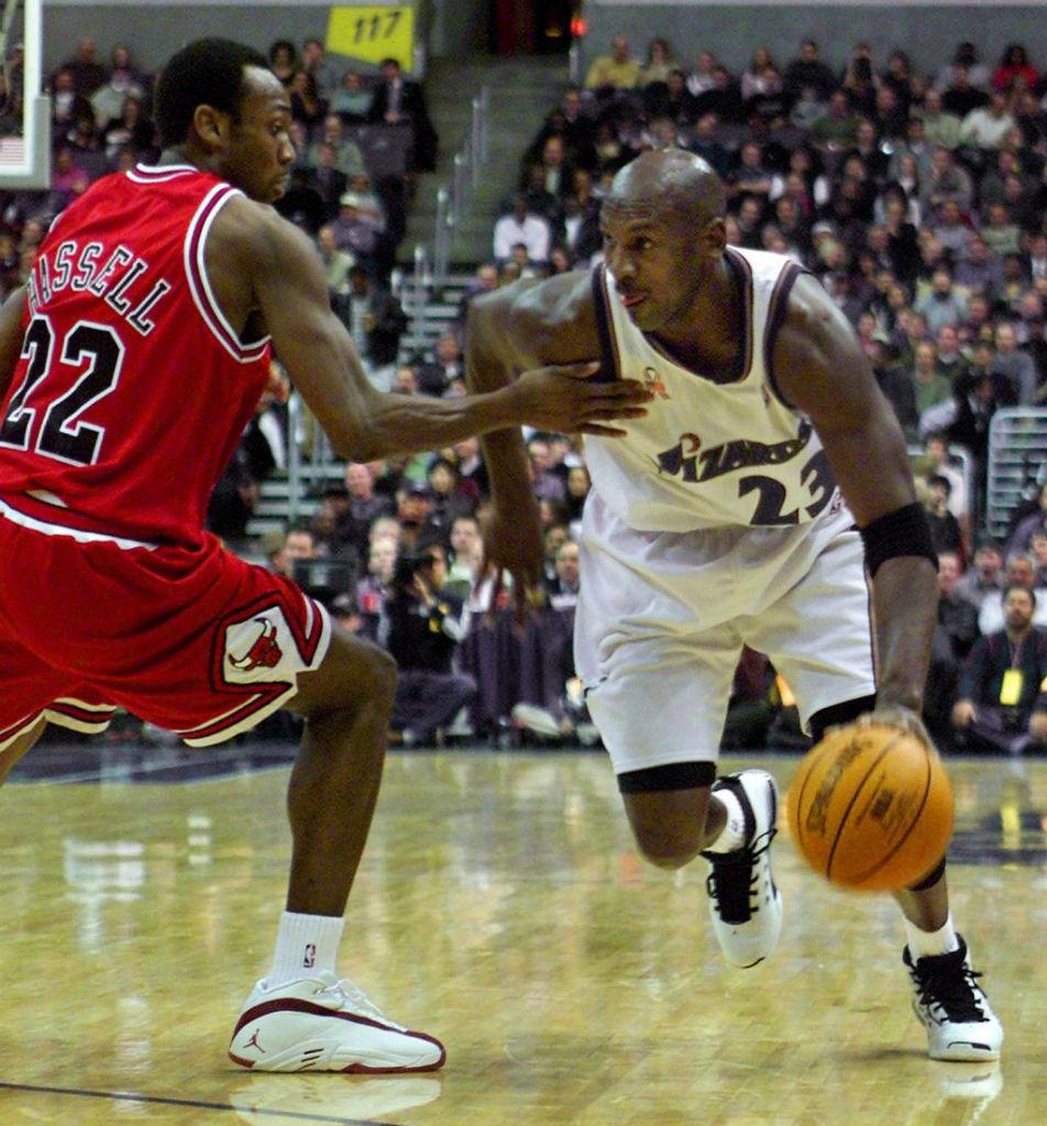 What He Wore    Michael Jordan Scores 30 df7f89040