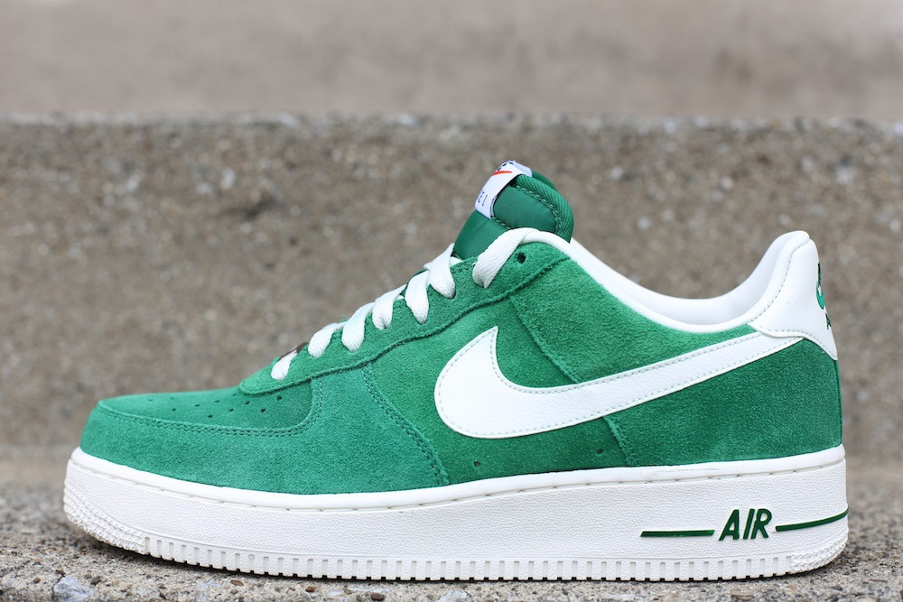 Nike Air Force 1 Low Blazer  Pine Green  Sail