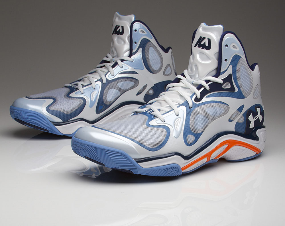 Kemba Walker Under Armour Anatomix Spawn PE Releasing (1)