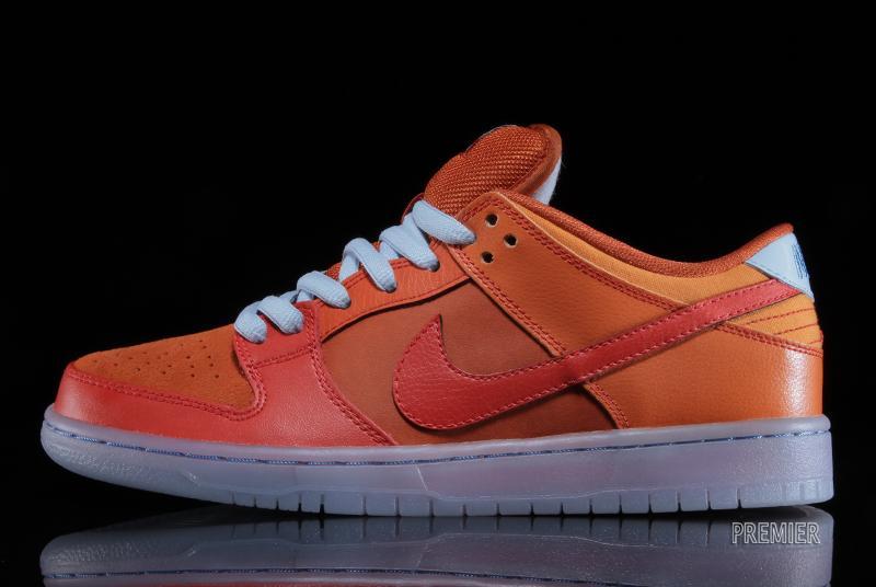 new arrival 152c8 5d819 Nike SB Dunk Low Pro - Gamma Orange