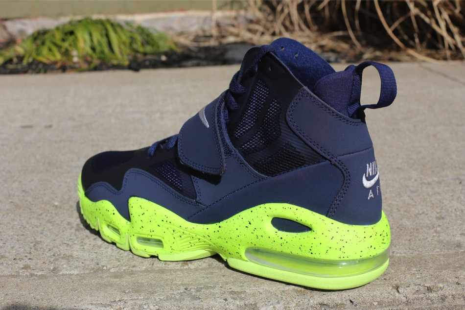 info for ed67c f185f Nike Air Max Express - Midnight Navy Volt