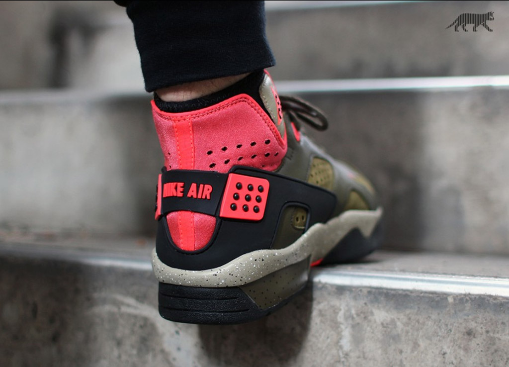 free shipping 4c30a 61bdc Nike Air Mowabb OG Color  Militia Green Black-Dark Loden-Bamboo Style    749492-303. Price   180