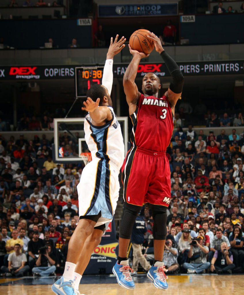 Dwyane Wade wearing Li-Ning Way of Wade Veterans Day (1)