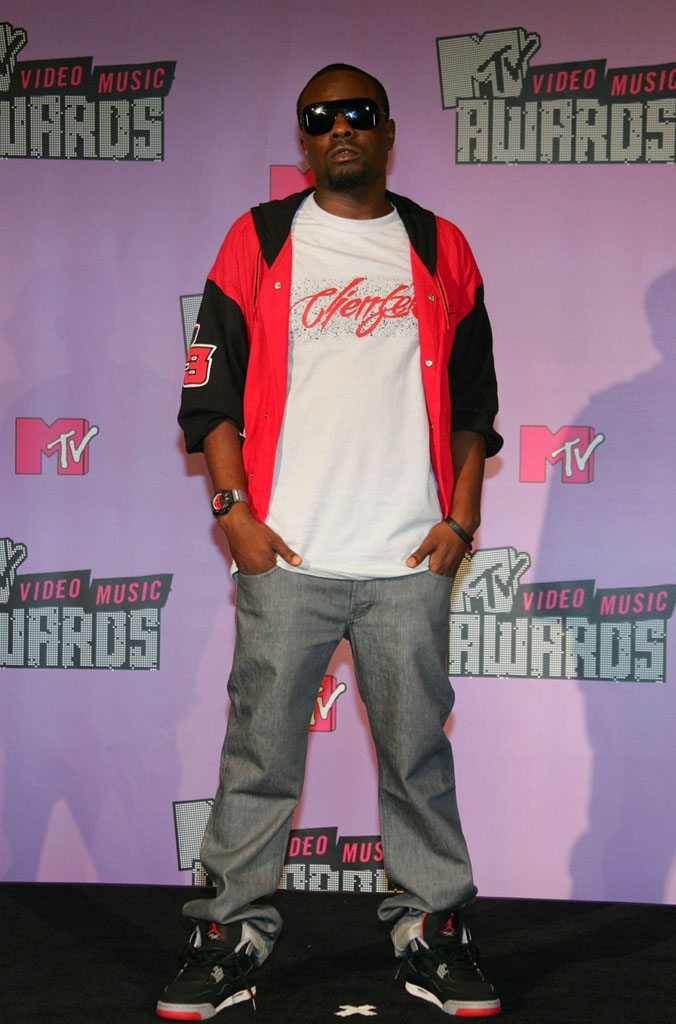 Wale wearing Air Jordan IV 4 Bred