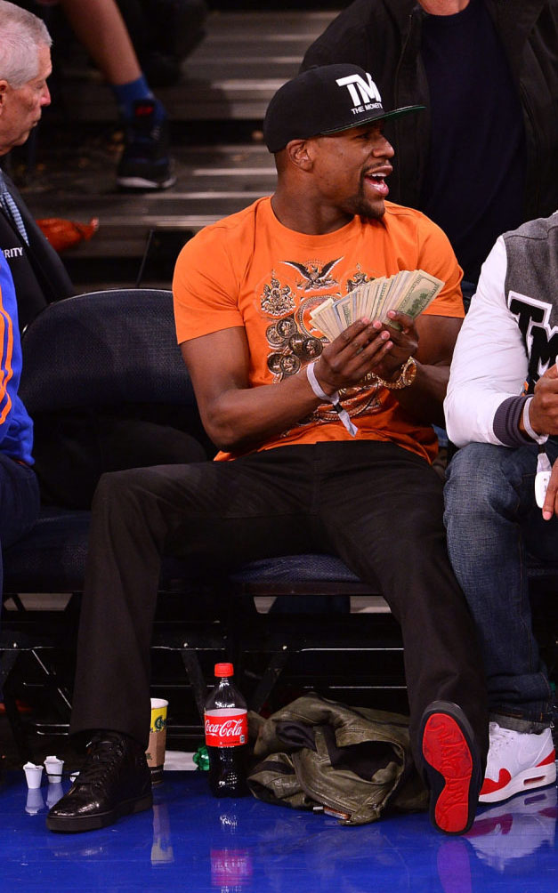 Floyd Mayweather wearing Christian Louboutin Men's Flat