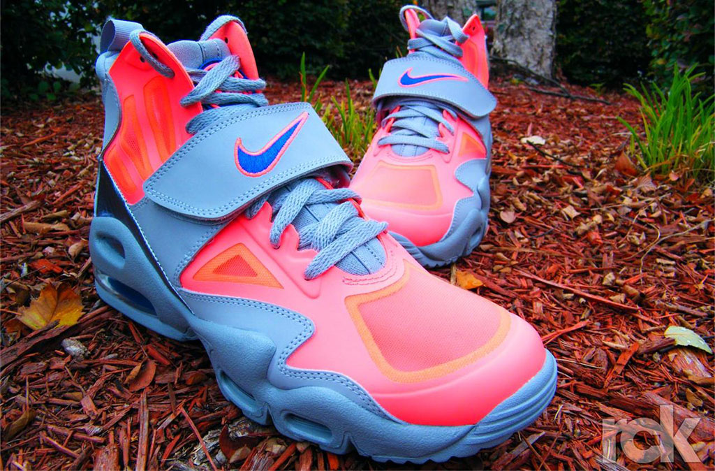 the best attitude 3b2a3 15c5a Nike Air Max Express Hot Punch Game Royal Cool Grey 525224-601 (1)