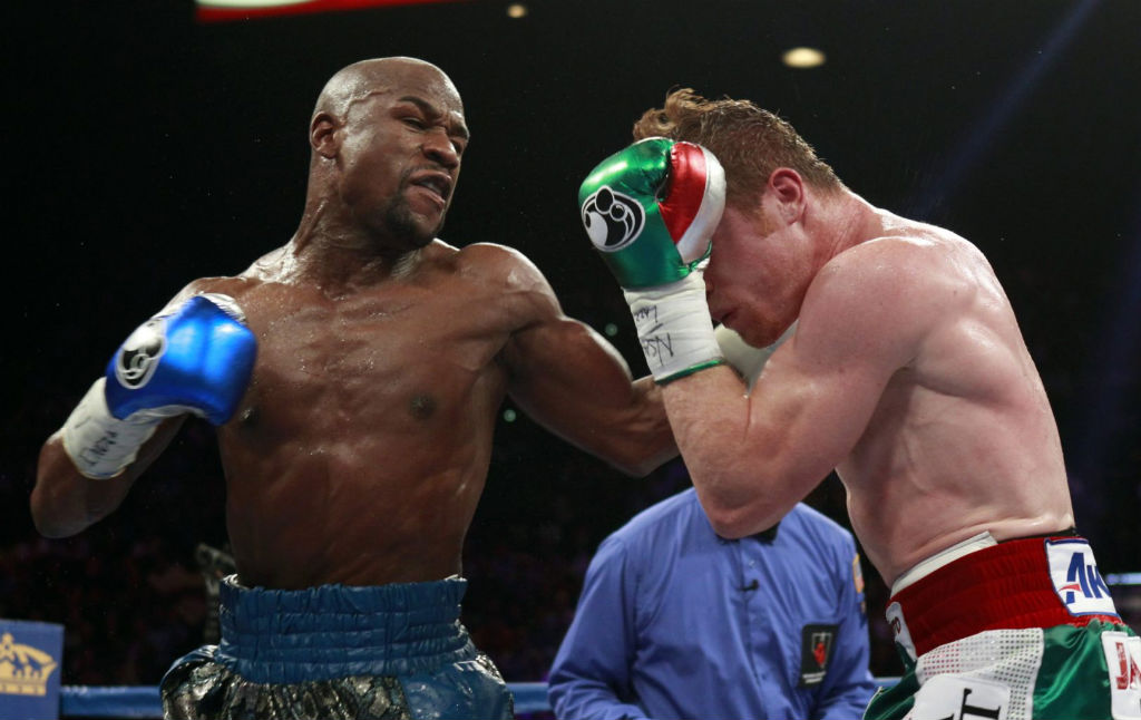 Floyd Mayweather Moves To 45-0 With Decision Over Canelo Alvarez (9)