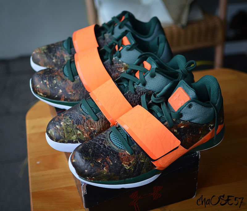 Spotlight // Pickups of the Week 12.1.12 - Under Armour Micro G Bloodline The Hunter by chaose57