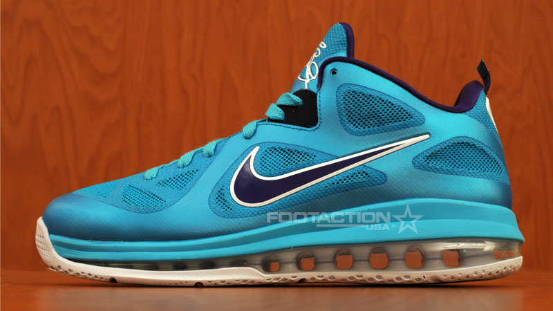 official photos 960f3 8cc07 Nike LeBron 9 Low Summit Lake Hornets 510811-400 (1)