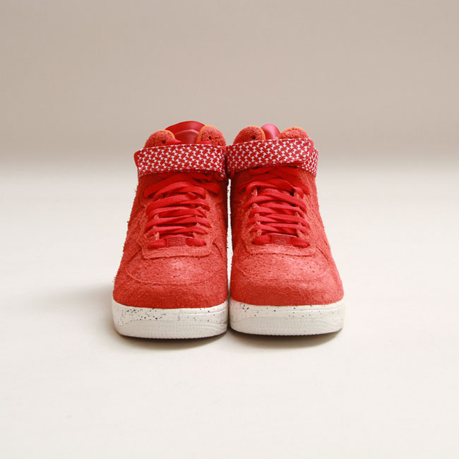 newest 28227 9066f Nike x Undefeated Lunar Force 1 HI SP in University Red