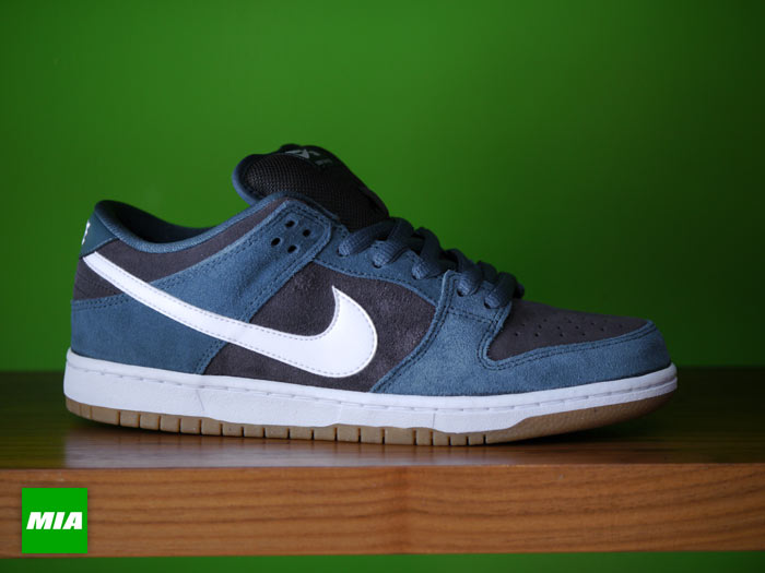 brand new 7cb60 dbe7d Nike Dunk Low Pro SB - Slate Blue/White-Tar | Sole Collector