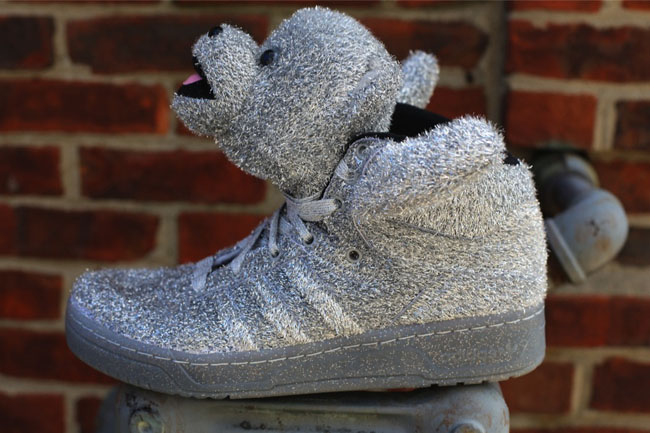 adidas Jeremy Scott Bears in Silver and Gold  6f3f24dce