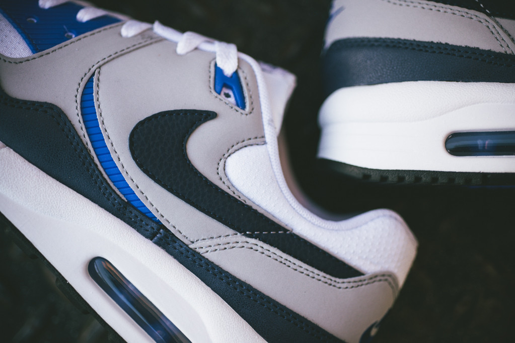 Nike Air Max Light Essential Two OG Looks Are Back Zool  Sole