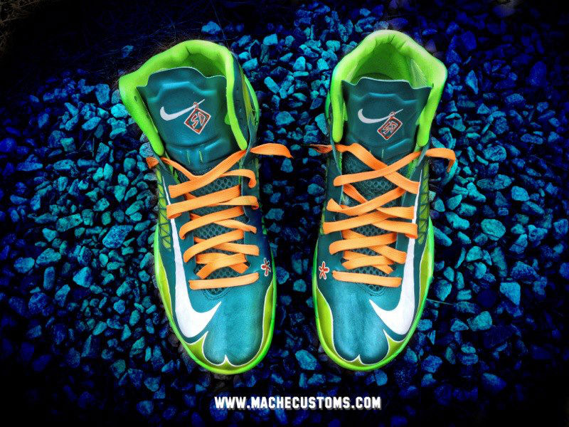 "Nike Lunar Hyperdunk 2012 ""Scooby Snacks / Mystery Machine"" by Mache Custom Kicks (2)"