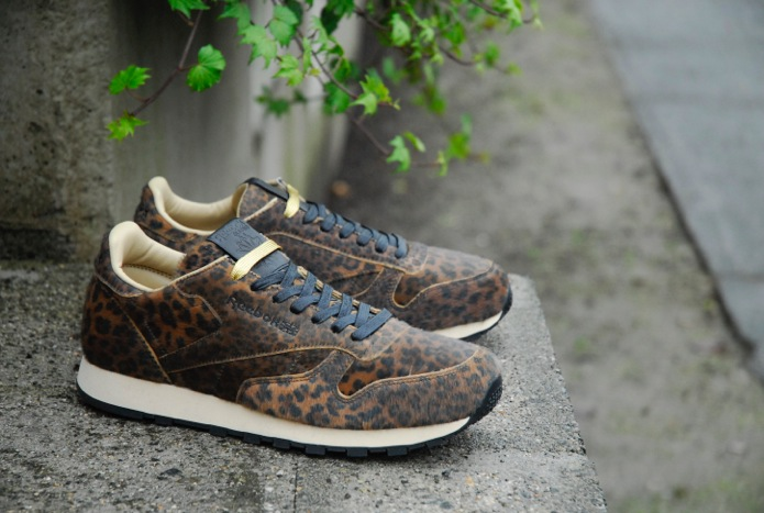 Head Porter Plus x Reebok Classic Leather Available | Sole