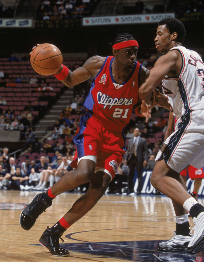 Air Jordan XVI 16 Darius Miles Los Angeles Clippers Away PE (2)