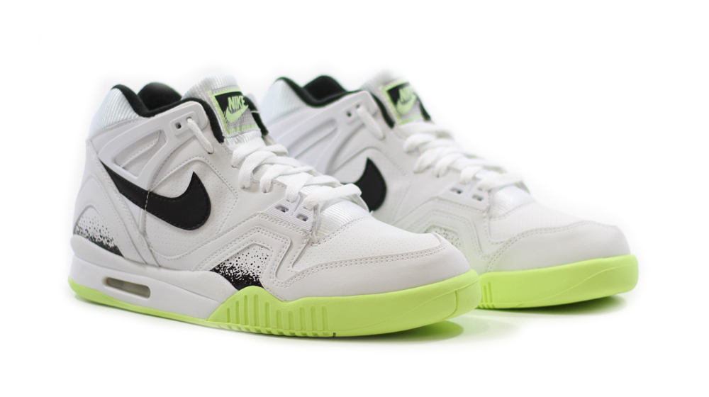 big sale 2cfc5 1445d by Brendan Dunne. The Nike Air Tech Challenge II ...