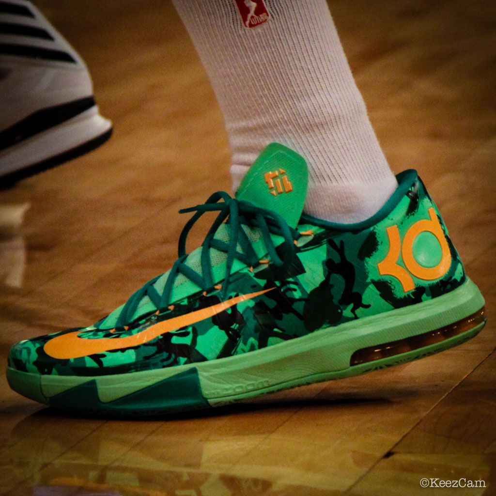 Essence Carson wearing Nike KD VI 6 Easter (3)