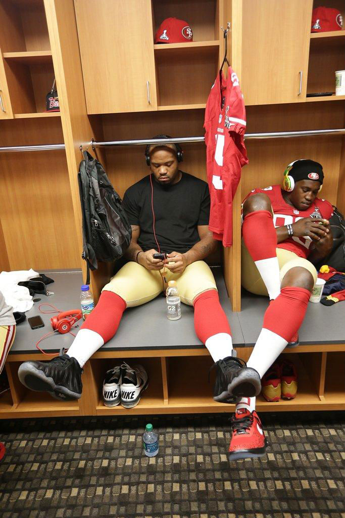 Ahmad Brooks wearing Nike Air Foamposite One Stealth; Aldon Smith wearing Nike Lunar Force 1 Chicago