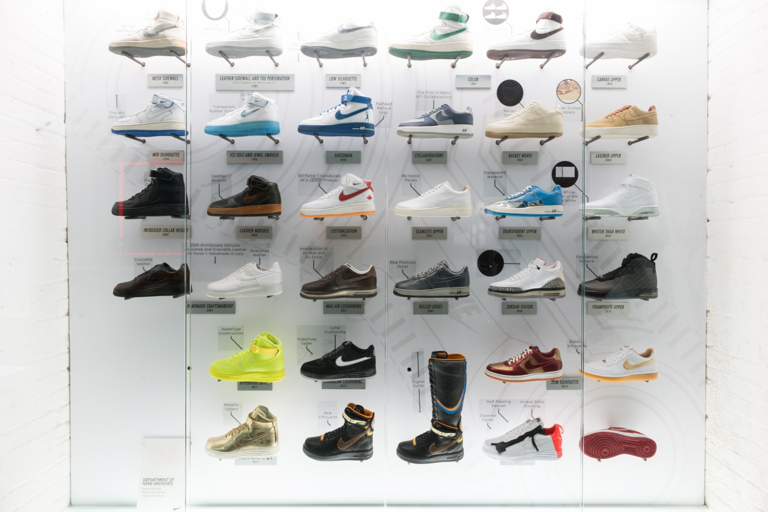 buy online d7a7f 6ab9d Take a tour of the pop-up via the images below and be sure to stop by the  Spadina Toronto Livestock location if you re in town for the 2016 NBA All- Star ...