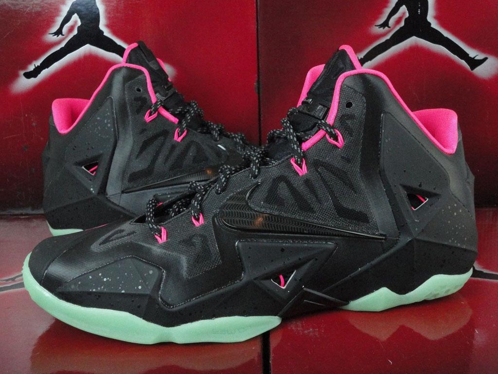 Lebron 11 Nike Id Size 9