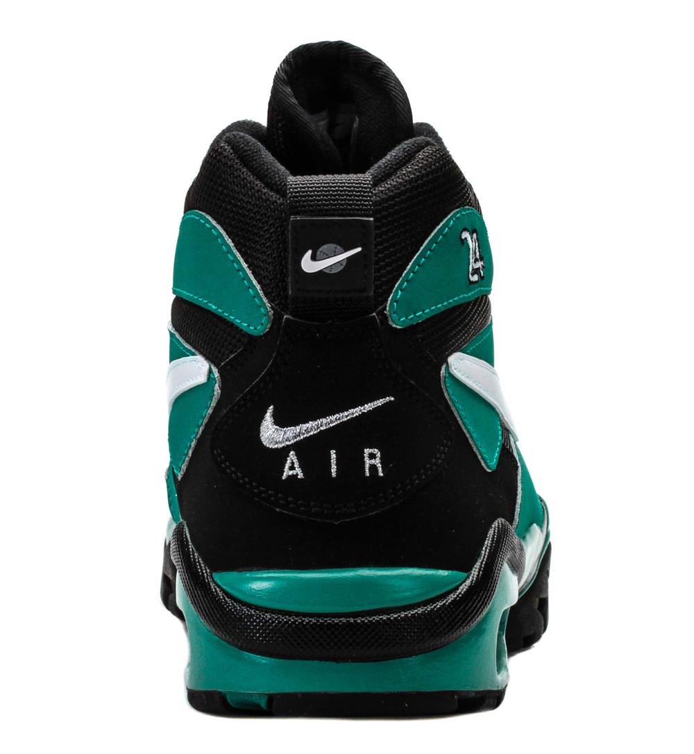 best website 58b7a 9e09b Nike Air Diamond Fury Returns in Ken Griffey Colors